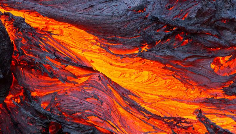 Lava solo vulcanico 1400x800